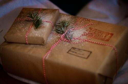 The Ultimate 2020 Yoga and Wellness Holiday Gift Guide (1)